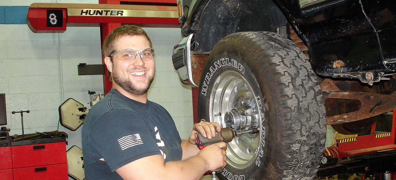 Auto Tire Change