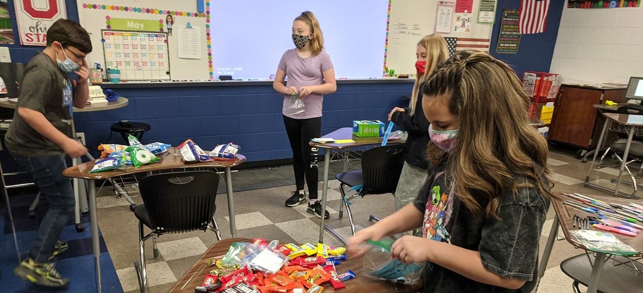 Builders Club preparing treats